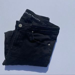 ARTICLES OF SOCIETY MIDRISE BLACK STRETCHY JEANS